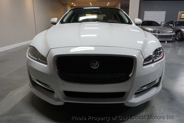 2016 Jaguar XJ 4dr Sedan R-Sport AWD - 19433078 - 16