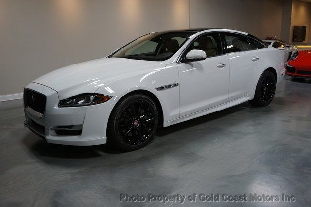 2016 Jaguar XJ 4dr Sedan R-Sport AWD - Click to see full-size photo viewer