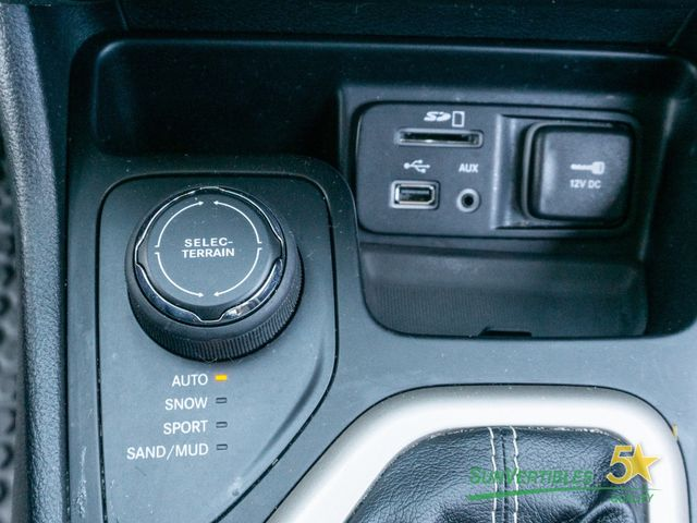 2016 Jeep Cherokee 4WD 4dr Latitude - 18284670 - 25