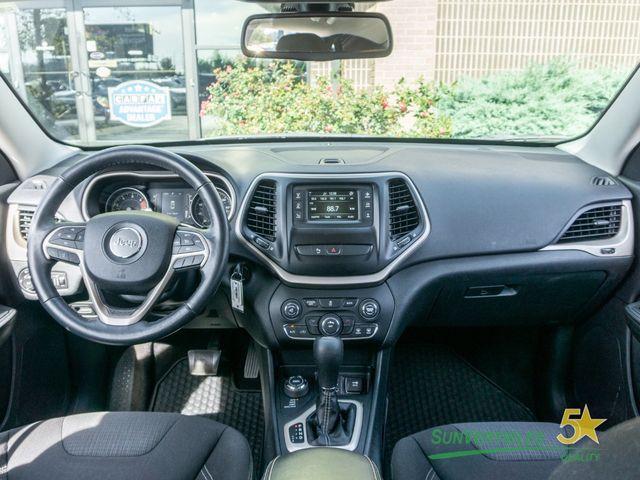 2016 Jeep Cherokee 4WD 4dr Latitude - 18284670 - 2