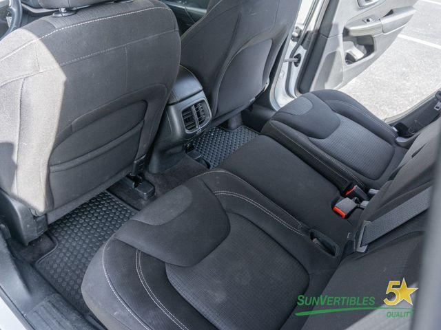 2016 Jeep Cherokee 4WD 4dr Latitude - 18284670 - 32