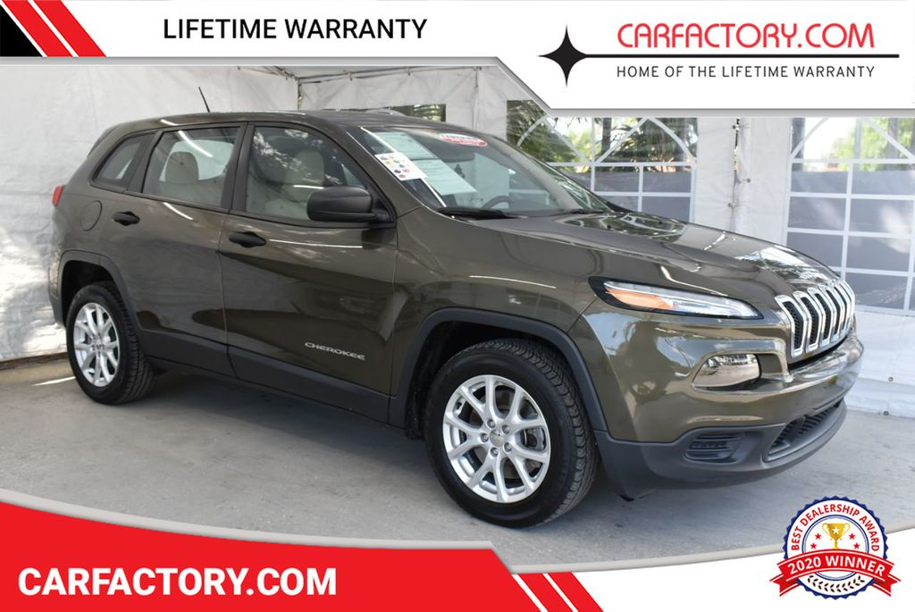 2016 Jeep Cherokee FWD 4dr Altitude - 18637824 - 0