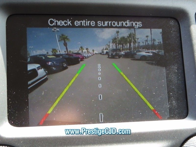 2016 Jeep Cherokee FWD 4dr Altitude - 16772225 - 23