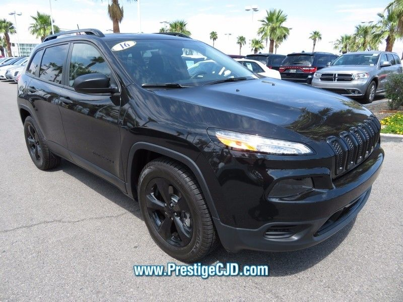 2016 Jeep Cherokee FWD 4dr Altitude - 16772225 - 2