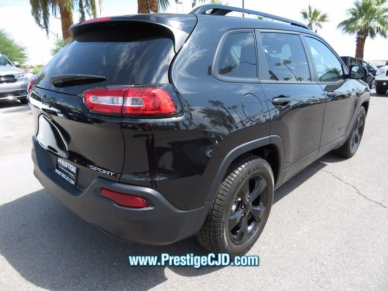 2016 Jeep Cherokee FWD 4dr Altitude - 16772225 - 4