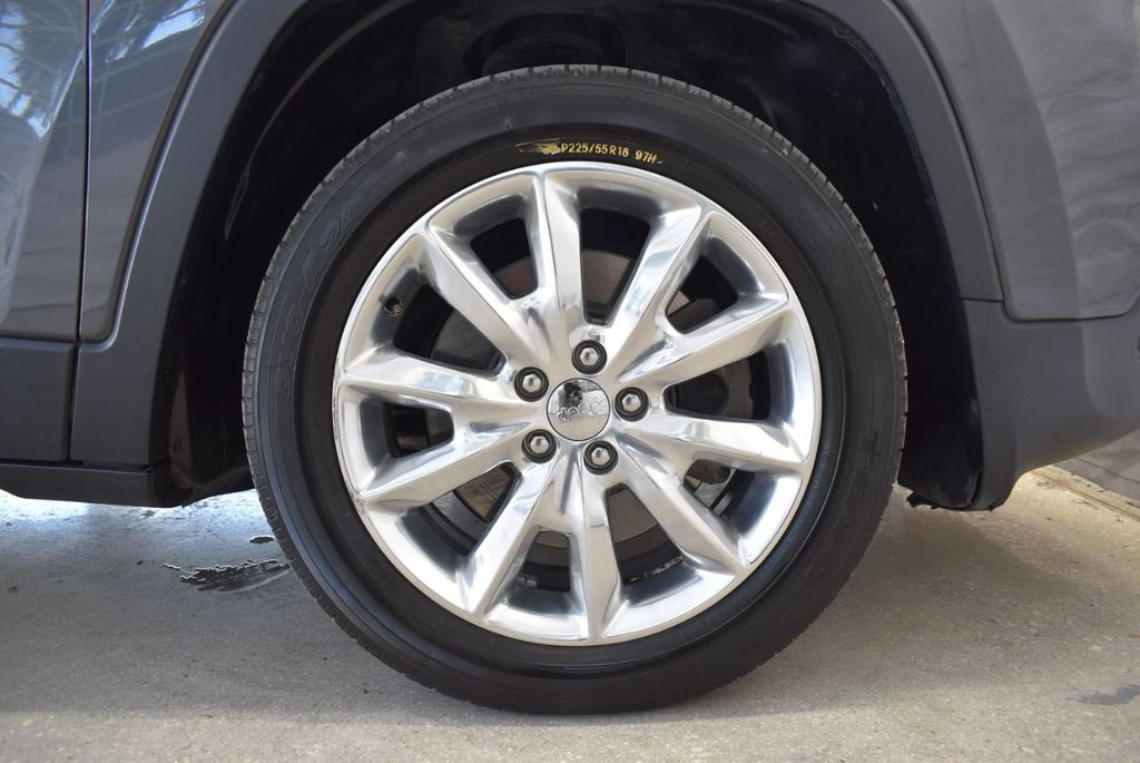 2016 Jeep Cherokee FWD 4dr High Altitude - 17103410 - 11