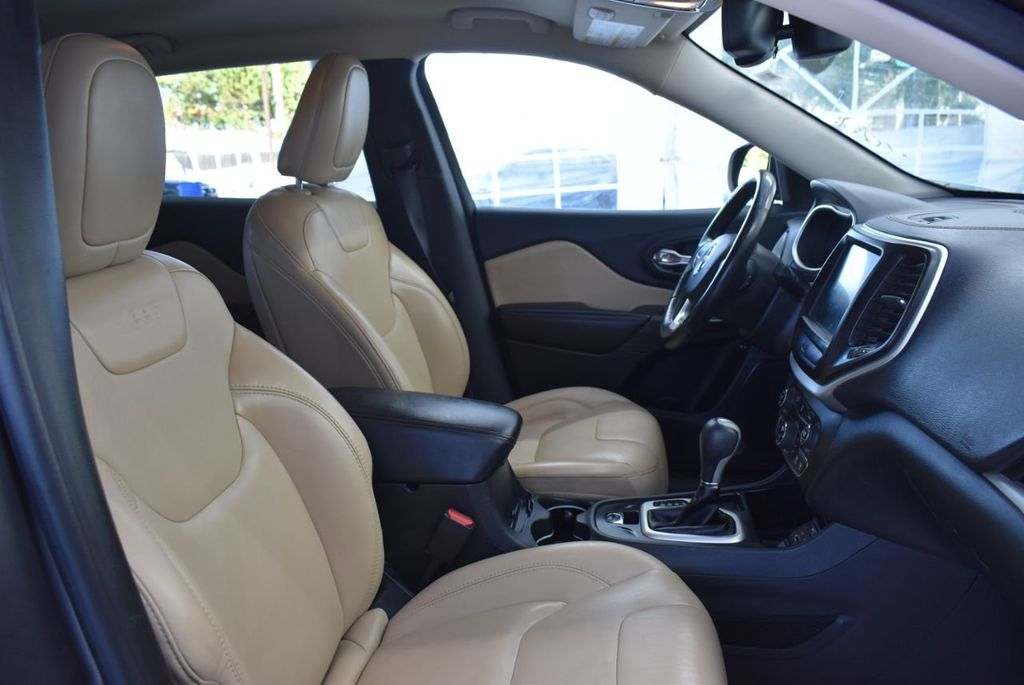 2016 Jeep Cherokee FWD 4dr High Altitude - 17103410 - 18