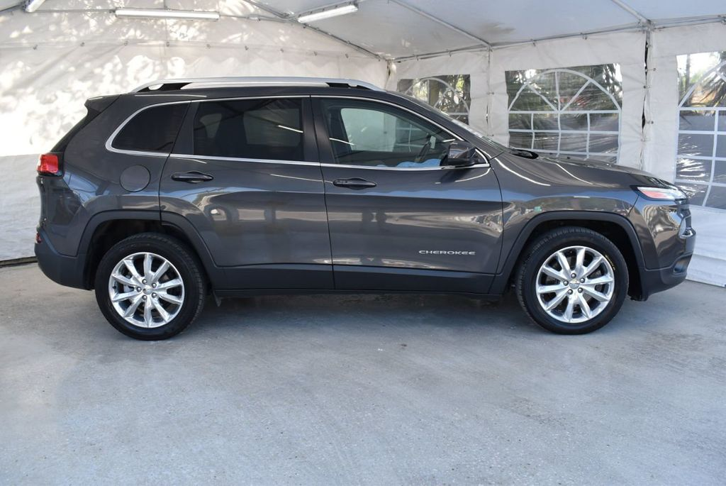 2016 Jeep Cherokee FWD 4dr High Altitude - 17103410 - 2