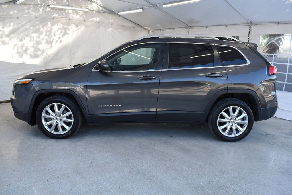 2016 Jeep Cherokee FWD 4dr High Altitude - 17103410 - 4