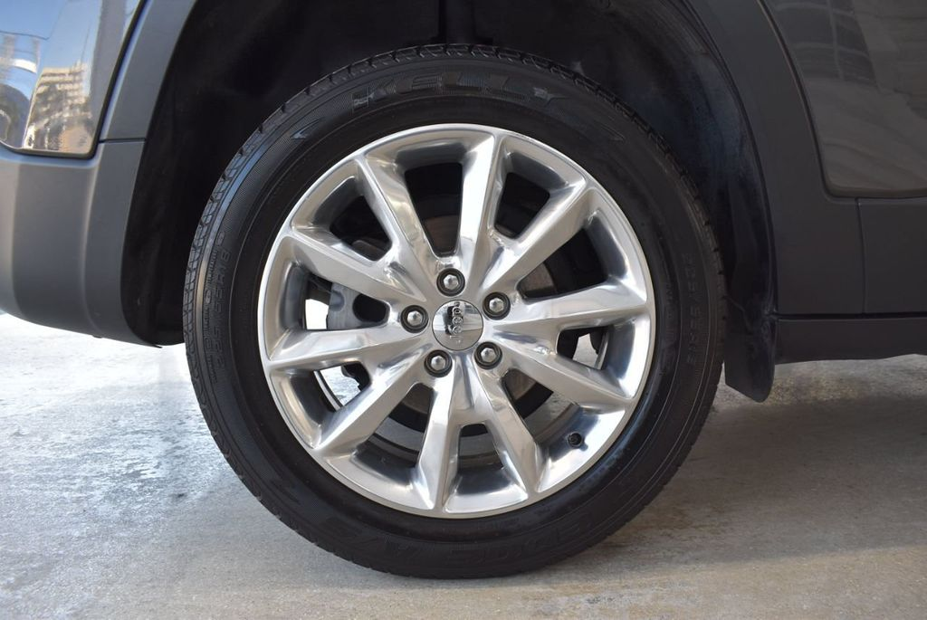 2016 Jeep Cherokee FWD 4dr High Altitude - 17103410 - 8