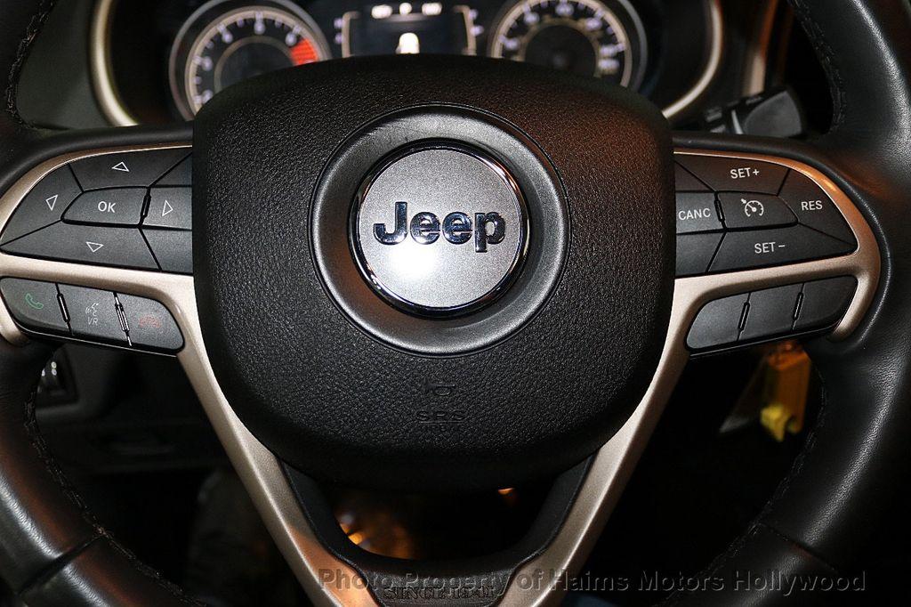2016 Jeep Cherokee FWD 4dr Latitude - 18629847 - 24