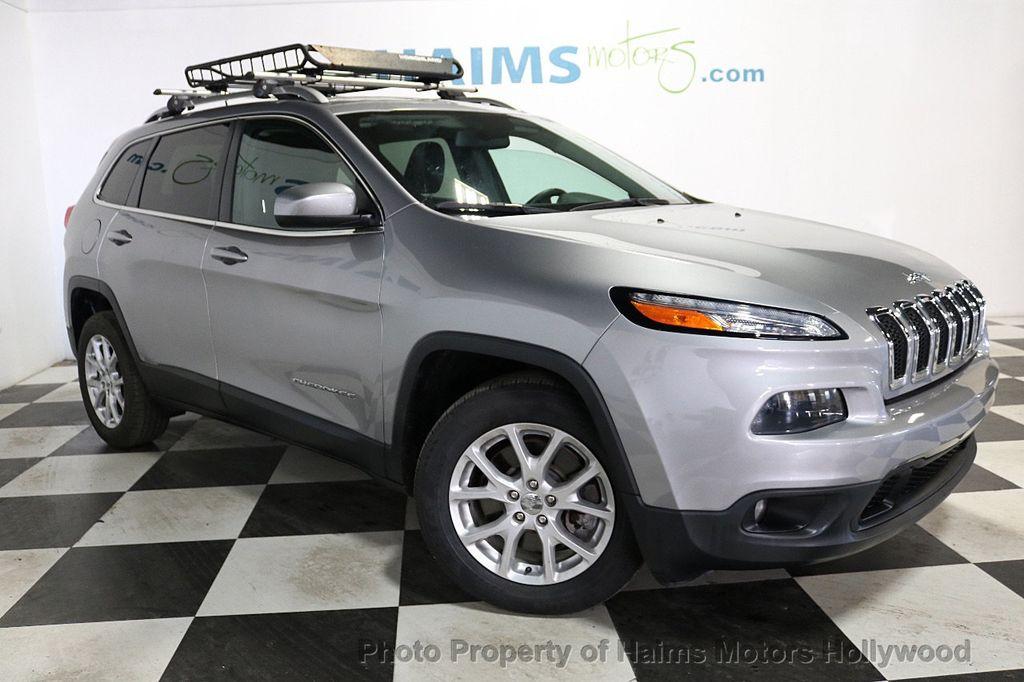 2016 Jeep Cherokee FWD 4dr Latitude - 18629847 - 3