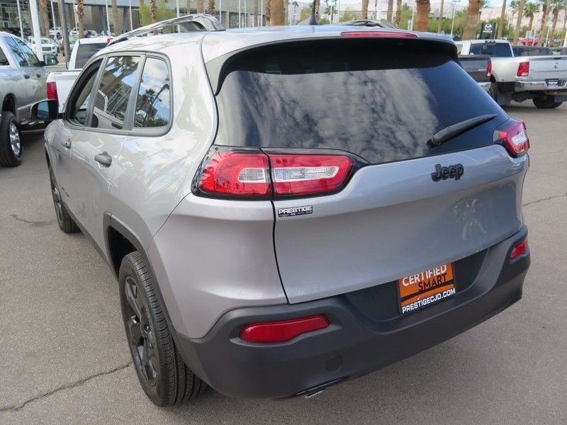 2016 Jeep Cherokee FWD 4dr Sport - 17025828 - 9