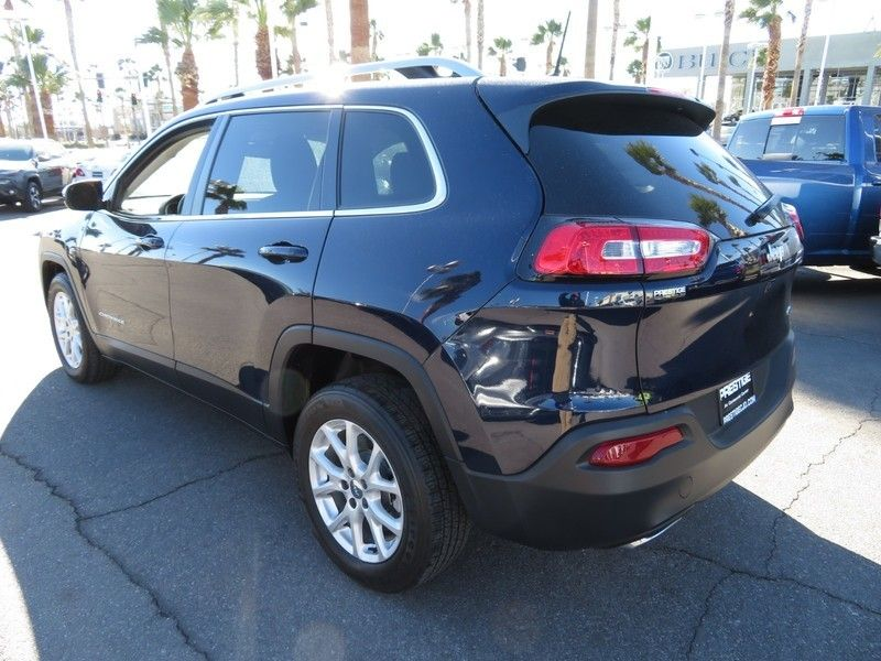 2016 used jeep cherokee latitude at king of cars towbin. Black Bedroom Furniture Sets. Home Design Ideas