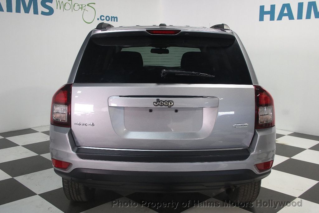 2016 Jeep Compass 4WD 4dr Latitude - 16104675 - 4