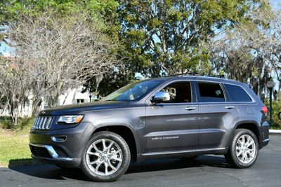 2016 Jeep Grand Cherokee 4WD 4dr Summit W/Navigation - Click to see full-size photo viewer