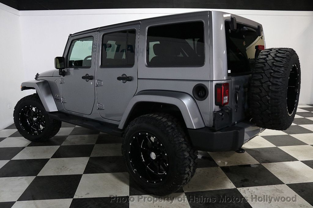 2016 Jeep Wrangler Unlimited 4WD 4dr Sahara - 17474880 - 13