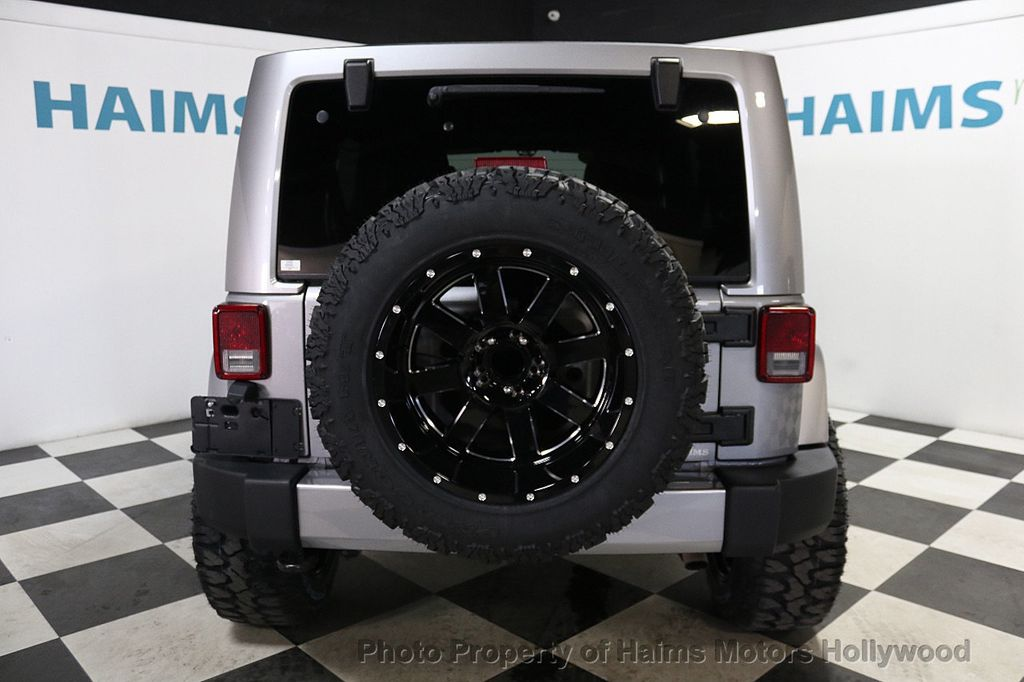 2016 Jeep Wrangler Unlimited 4WD 4dr Sahara - 17474880 - 14