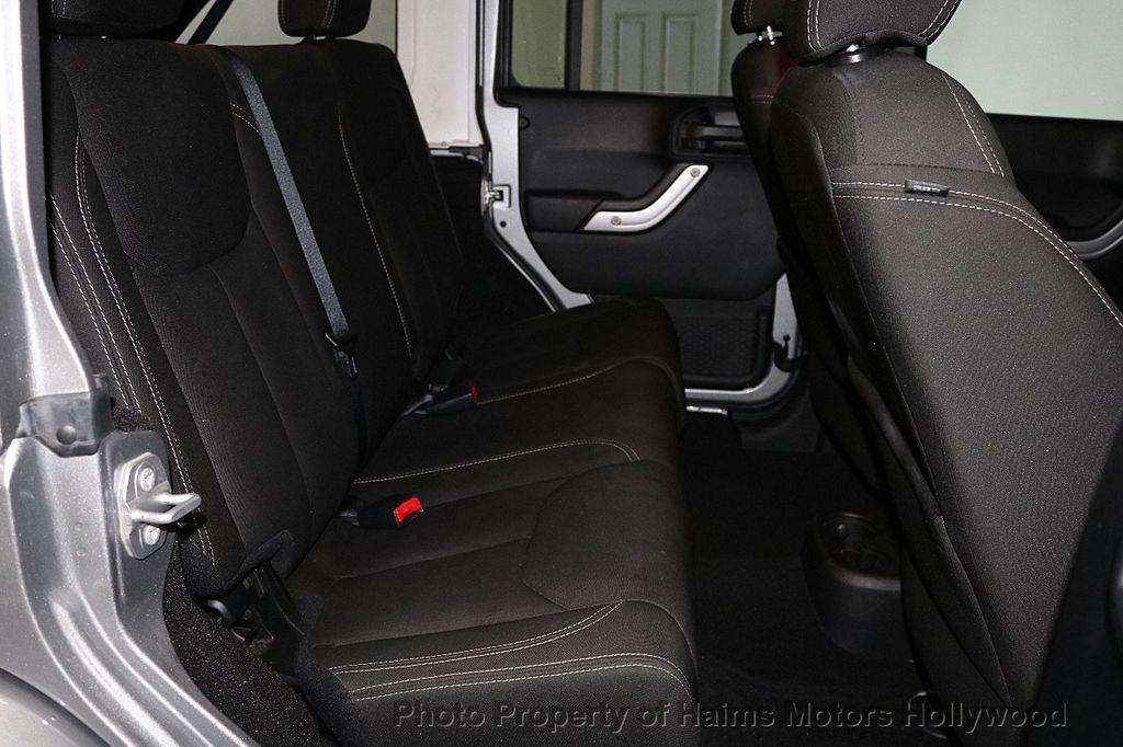 2016 Jeep Wrangler Unlimited 4WD 4dr Sahara - 17474880 - 26