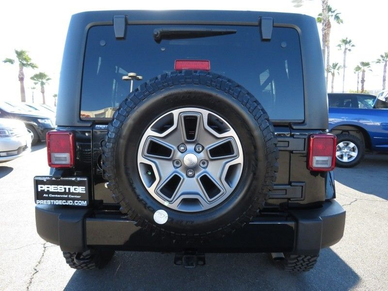 2016 Jeep Wrangler Unlimited 4WD 4dr Sahara - 17210098 - 10