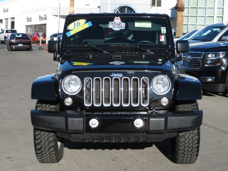 2016 Jeep Wrangler Unlimited 4WD 4dr Sahara - 17210098 - 1