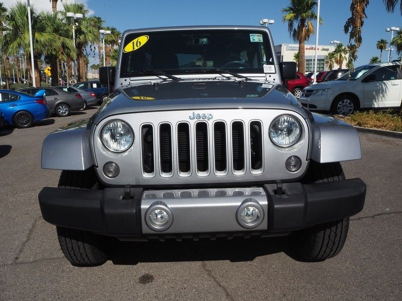 2016 Jeep Wrangler Unlimited 4WD 4dr Sahara - 17999306 - 1