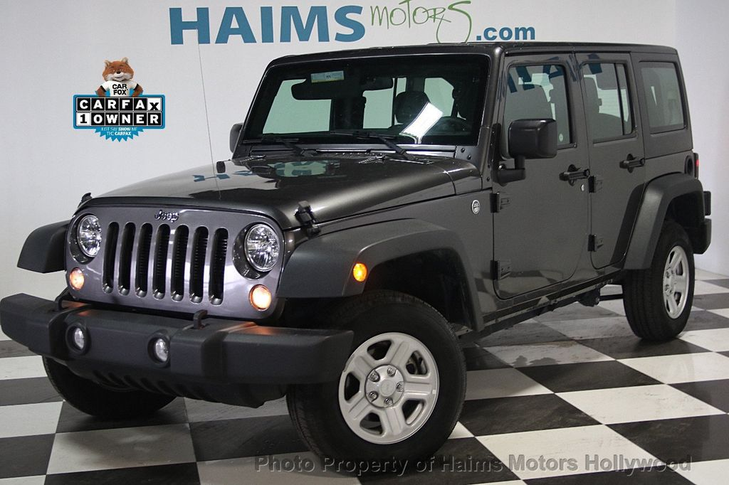 2016 Jeep Wrangler Unlimited 4WD 4dr Sport - 16803467 - 0