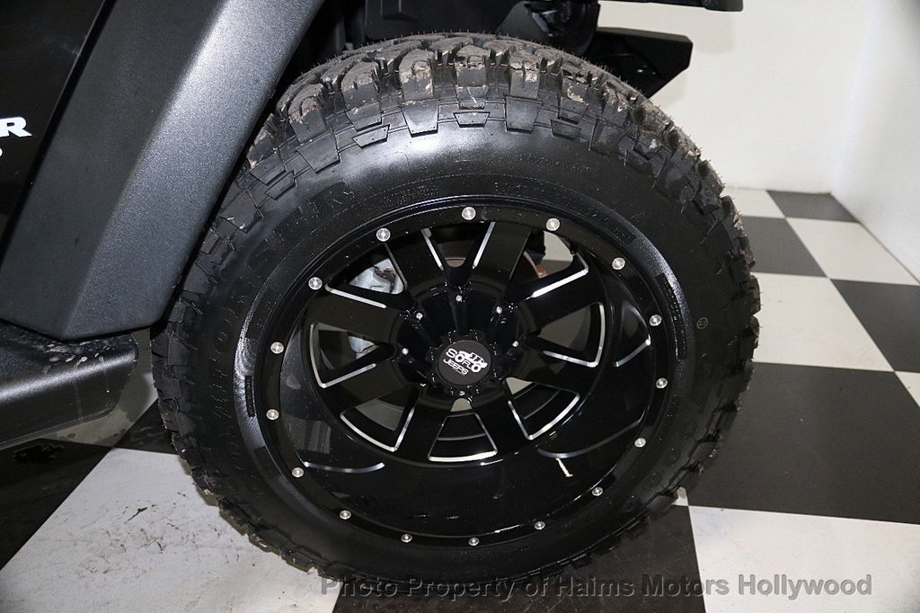 2016 Jeep Wrangler Unlimited 4WD 4dr Sport - 17312712 - 30