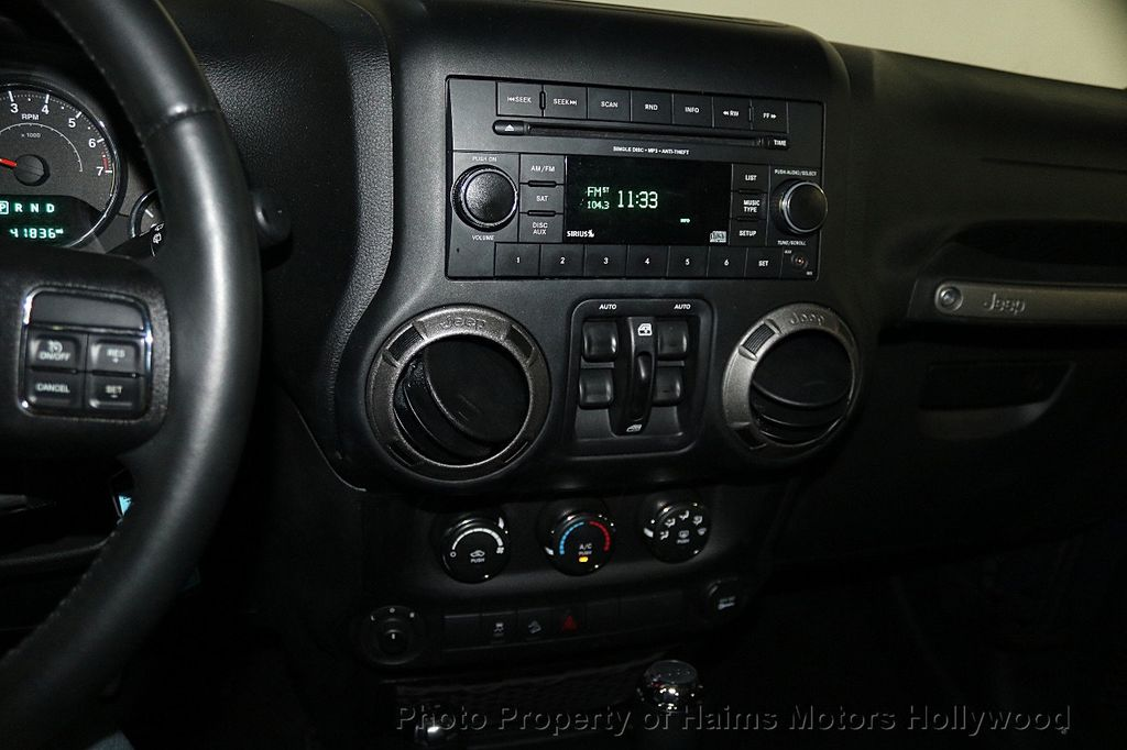 2016 Jeep Wrangler Unlimited 4WD 4dr Sport - 17525682 - 19