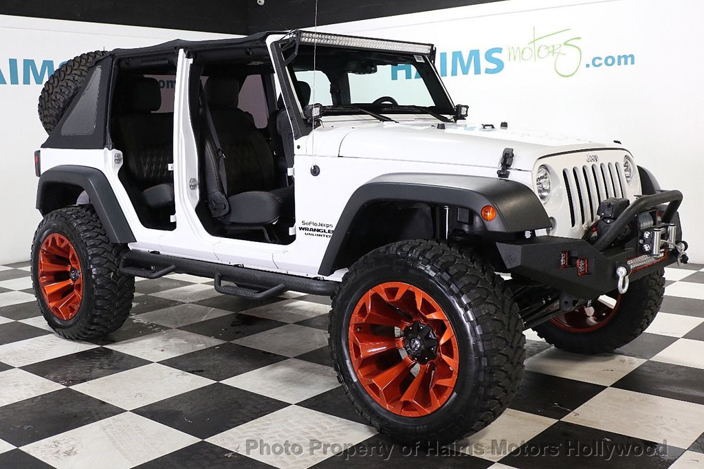 2016 Jeep Wrangler Unlimited 4WD 4dr Sport - 17774413 - 13