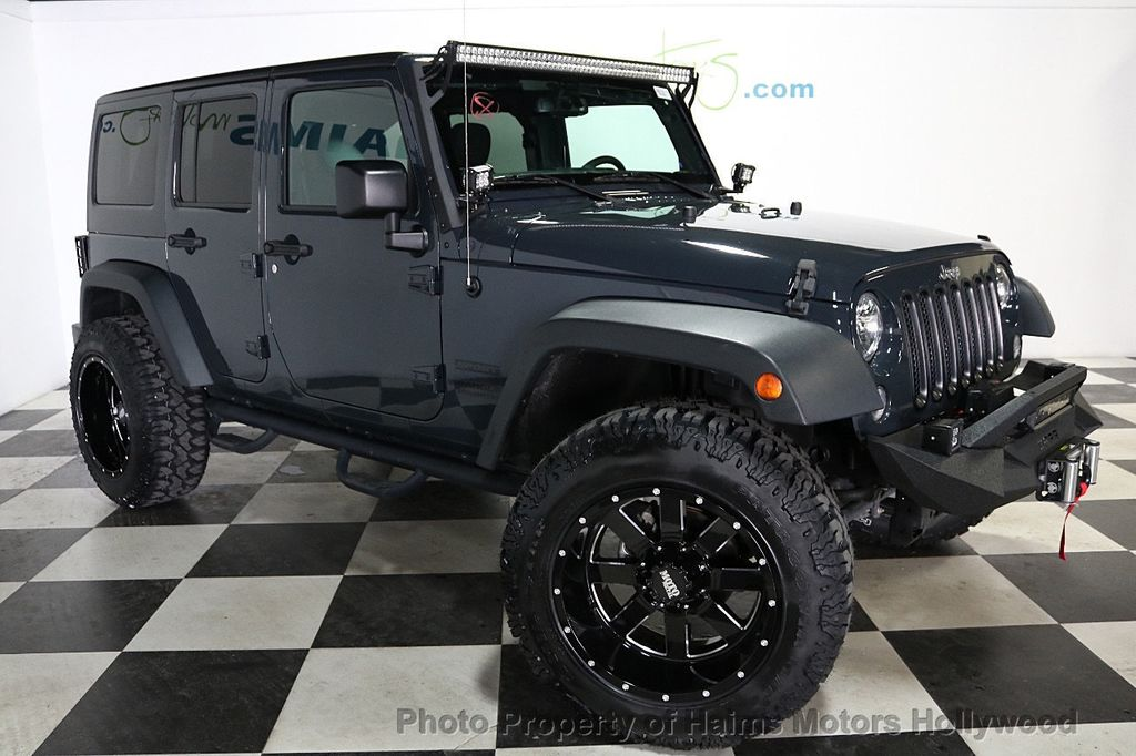 2016 Jeep Wrangler Unlimited 4WD 4dr Sport - 18032893 - 13