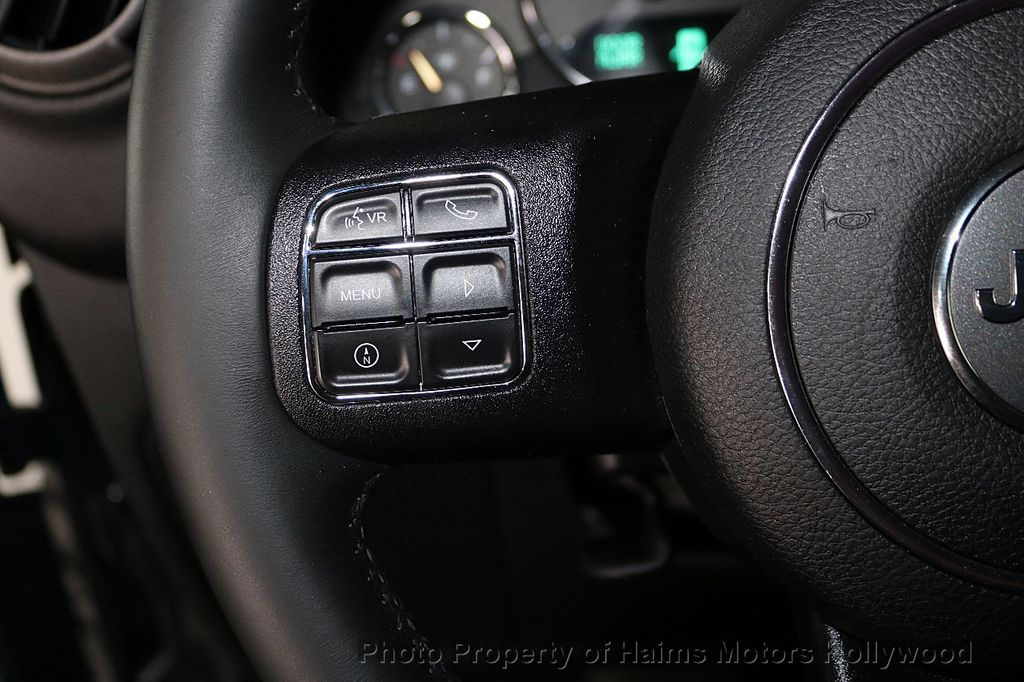 2016 Jeep Wrangler Unlimited 4WD 4dr Sport - 18032893 - 36