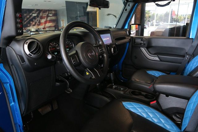2016 Jeep Wrangler Unlimited 4WD 4dr Sport - Click to see full-size photo viewer