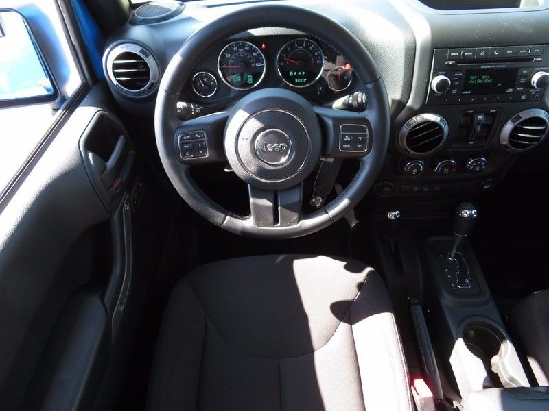 2016 Jeep Wrangler Unlimited 4WD 4dr Sport - 16841877 - 9