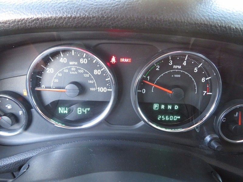 2016 Jeep Wrangler Unlimited 4WD 4dr Sport - 16841879 - 19