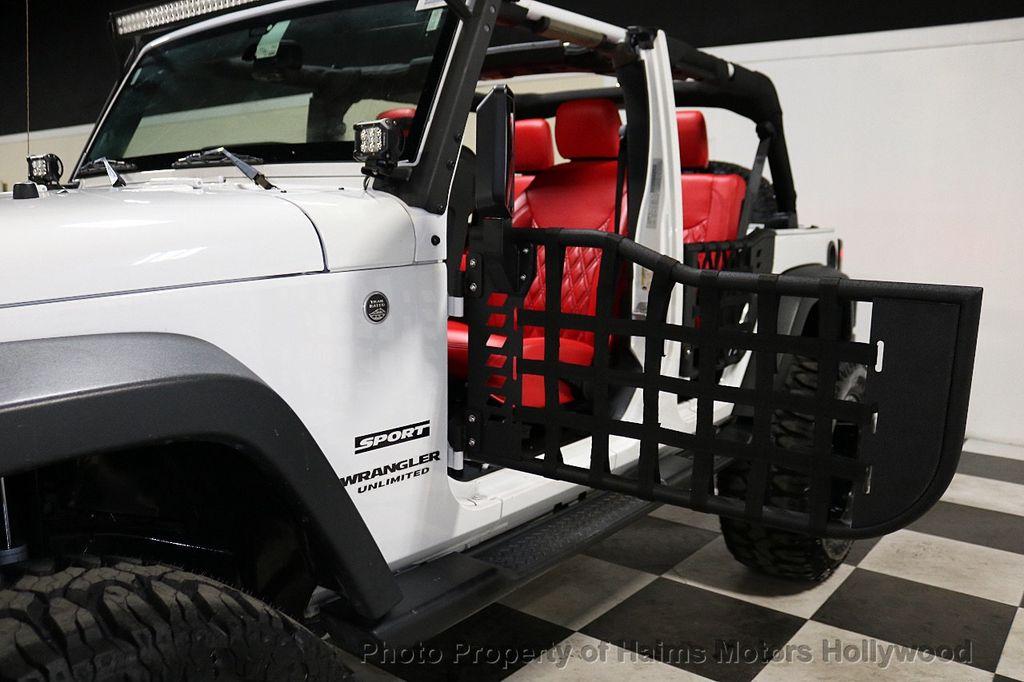 2016 Jeep Wrangler Unlimited 4WD 4dr Sport RHD - 18311743 - 12