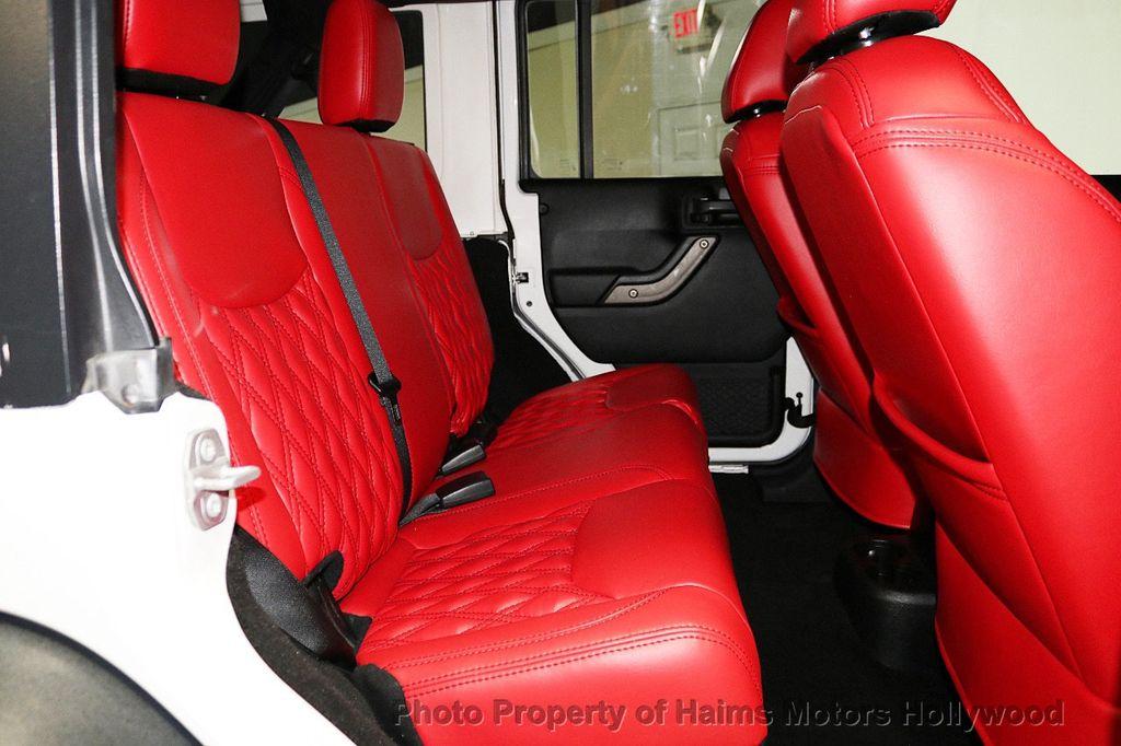 2016 Jeep Wrangler Unlimited 4WD 4dr Sport RHD - 18311743 - 30
