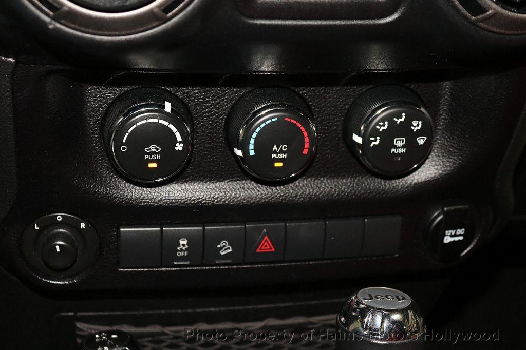 2016 Jeep Wrangler Unlimited 4WD 4dr Sport RHD - 18311743 - 35