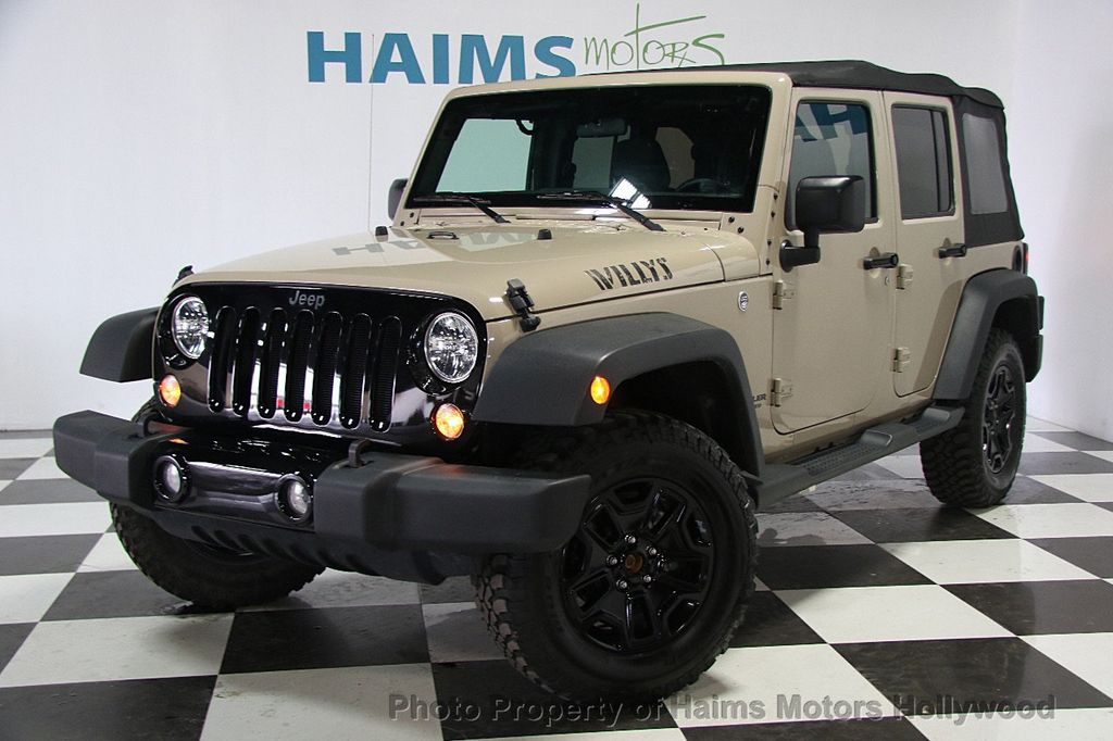 2016 Jeep Wrangler Unlimited 4WD 4dr Willys Wheeler   16917020   1