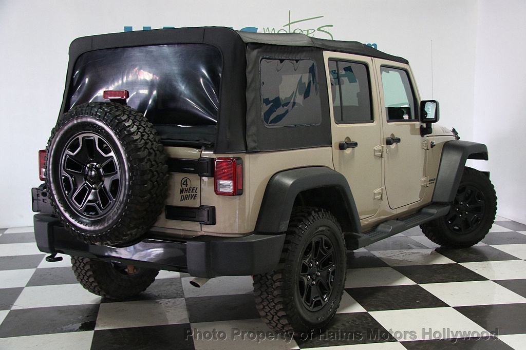 2016 Jeep Wrangler Unlimited 4WD 4dr Willys Wheeler - 16917020 - 6