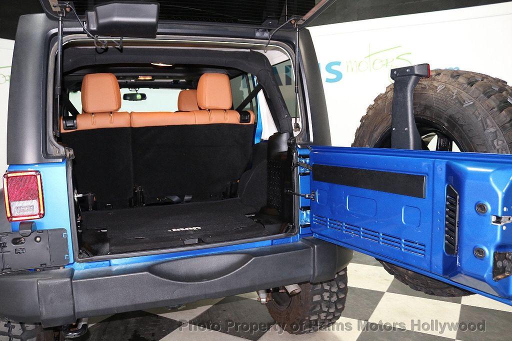 2016 Jeep Wrangler Unlimited CUSTOM JEEP - 18032912 - 18