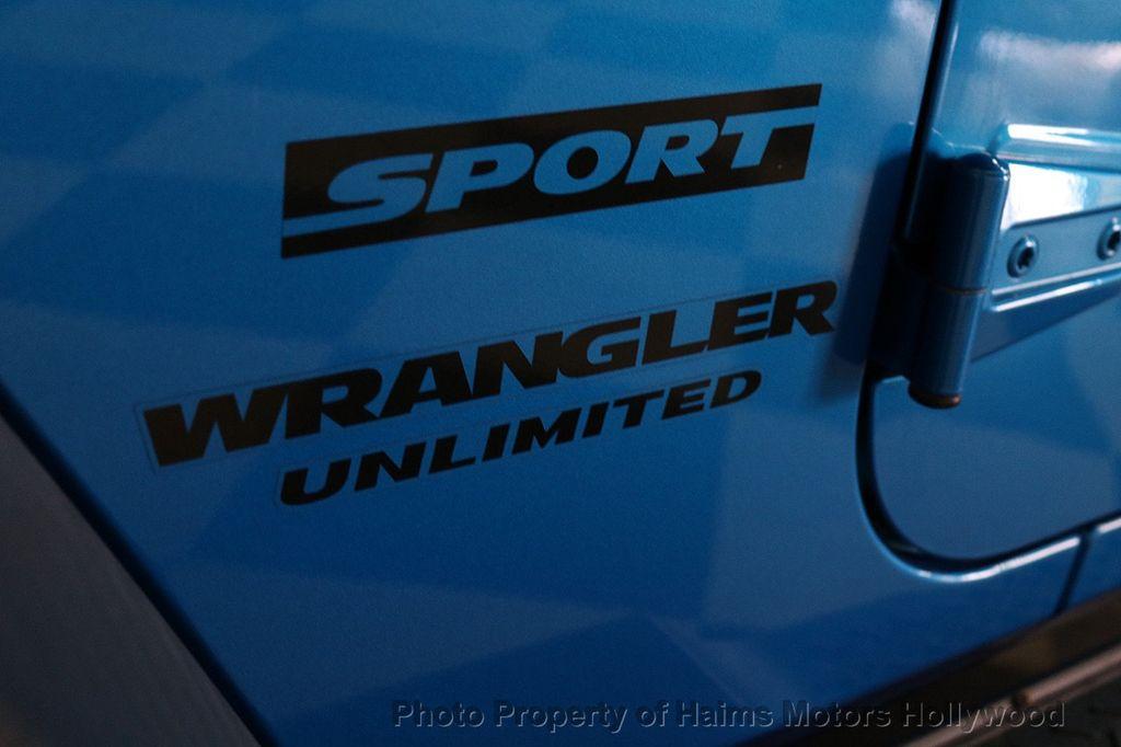 2016 Jeep Wrangler Unlimited CUSTOM JEEP - 18032912 - 20