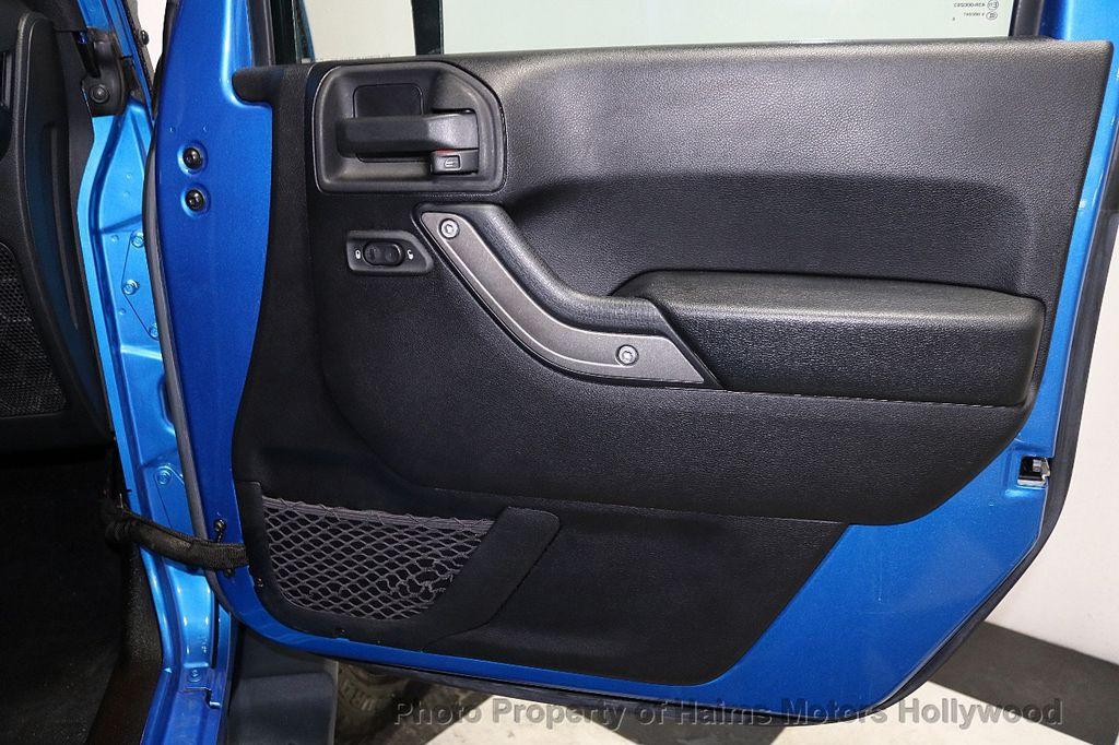 2016 Jeep Wrangler Unlimited CUSTOM JEEP - 18032912 - 24