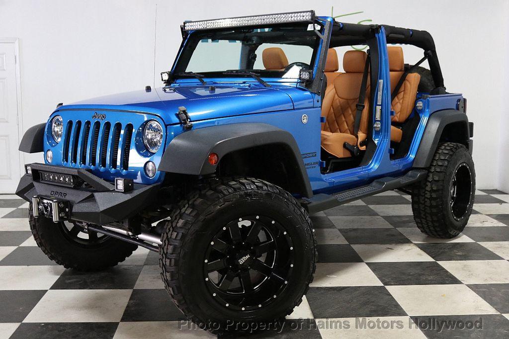 2016 Jeep Wrangler Unlimited CUSTOM JEEP - 18032912 - 2