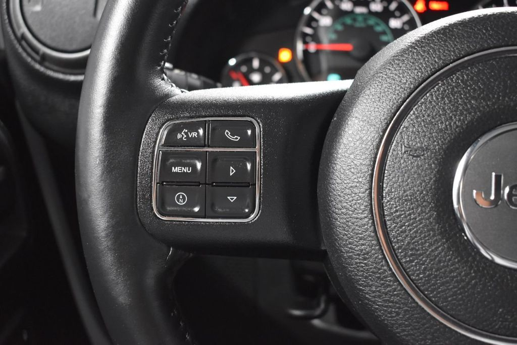 2016 Jeep Wrangler Unlimited UNLIMITED - 18343619 - 19