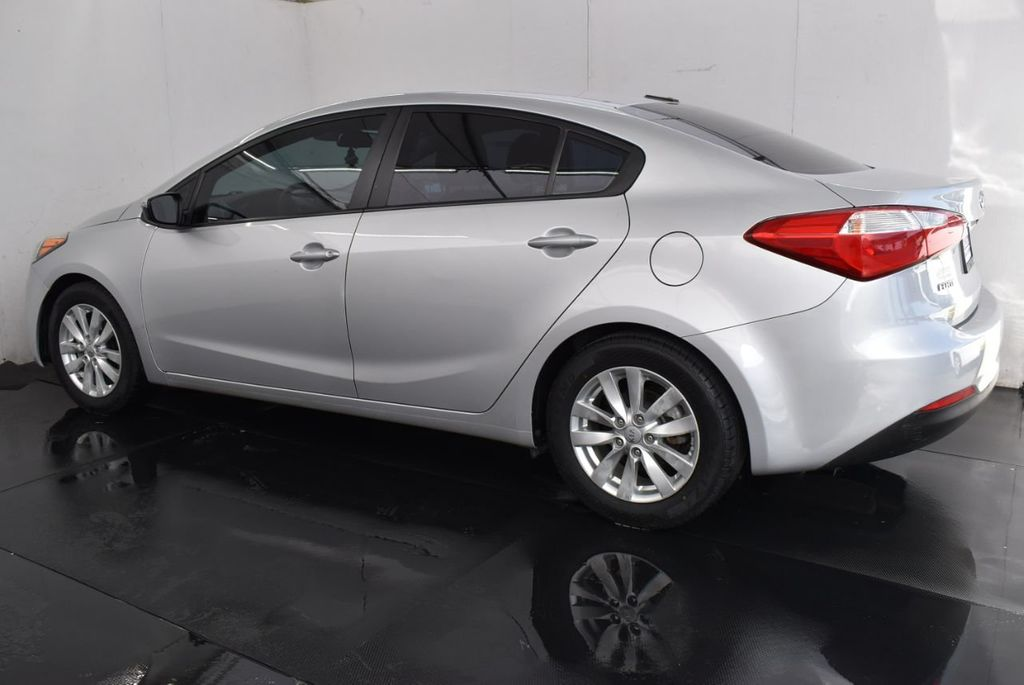2016 Kia Forte 4dr Sedan Automatic LX - 17011156 - 3