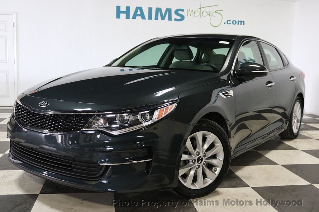 2016 Kia Optima 4dr Sedan LX - 18257062 - 1