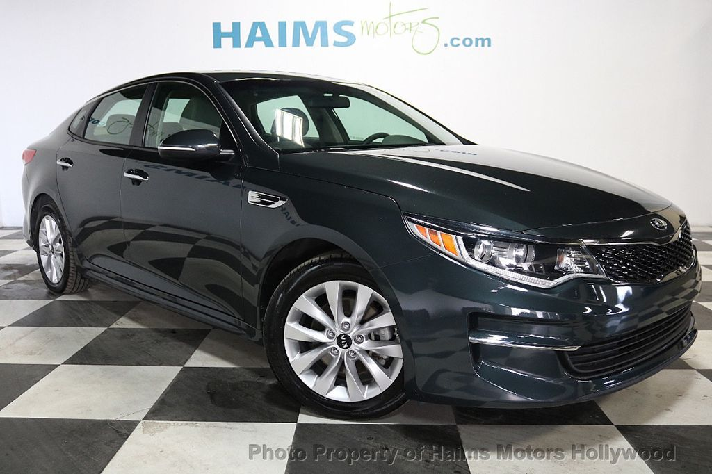 2016 Kia Optima 4dr Sedan LX - 18257062 - 3