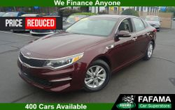 2016 Kia Optima - 5XXGT4L37GG113536