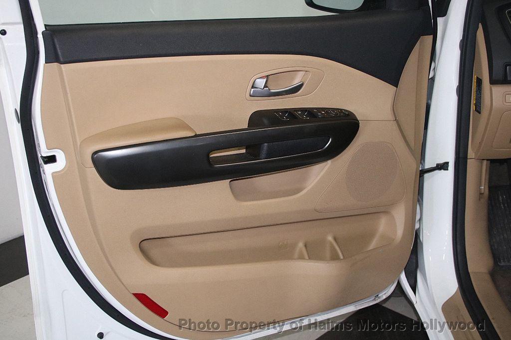 2016 Kia Sedona 4dr Wagon LX - 17422237 - 11